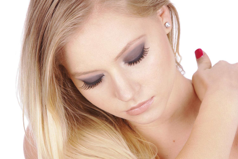 Holiday Makeup Tips & Hints